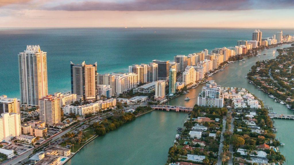 Conviene Comprare Casa a Miami Beach? Prezzi, Quartieri ed Agenti